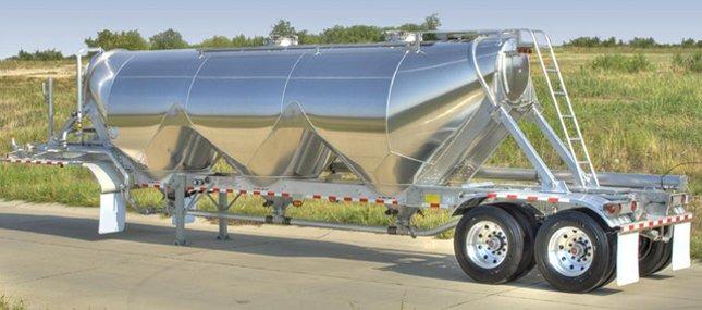 Heil dry bulk trailer